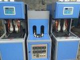 De Fles die van het huisdier Machine voor de Installatie van het Mineraalwater maken