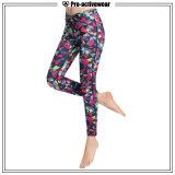 Pantaloni su ordine di yoga di forma fisica dell'indumento delle donne