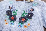 L'été de mode de vêtements d'enfants borde la robe de Stripel de filles de gosses