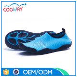 De comfortabele Schoenen van het Strand van de Schoenen van het Water Aqua Lopende Zwemmende