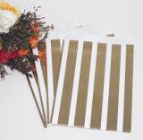 Sacos de papel dos doces da listra do ouro