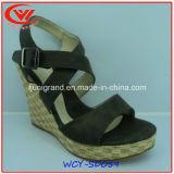 Sandálias do modelo novo da senhora Tarde Projeto