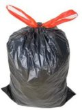 Sacchetto di rifiuti del LDPE con stringa rossa