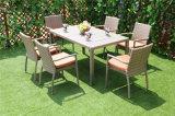 다방 플라스틱 목제 상단을%s 가진 모조 등나무 의자 그리고 테이블