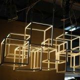 Lámpara pendiente moderna blanca europea del acero inoxidable del marco del polígono