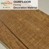 Planches de plancher de vinyle de carrelages de vinyle de plancher de vinyle de WPC parquetant des raies