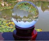 Sfera fotografica della sfera magica di cristallo libera