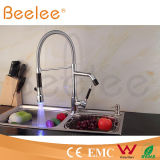 Nouveau Two Heads DEL Dule Handle Kitchen Spring Faucet/Water Tap Mixer Power par Water Pressure Ql140405