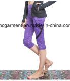 女性のためのCapriのズボン、ヨガのズボン、試しの衣服