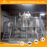 Annuncio pubblicitario, micro fabbrica di birra industriale, preparazione della birra automatica