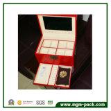 Высокая лоснистая отлакированная деревянная коробка хранения ювелирных изделий