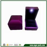 Caja de joyería de lujo LED de fabricación china
