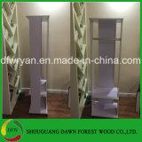 Kledende Spiegel en Eenvoudige Garderobe