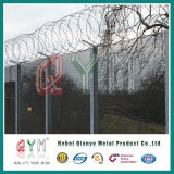 De hoge Veiligheid Femce/Anti beklimt de Omheining van het Netwerk voor de Omheining van de Luchthaven van de Gevangenis
