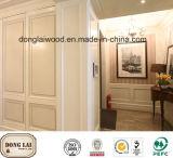 Panneau de mur blanc en bois solide