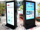 Centro commerciale che fa pubblicità al chiosco del totem della visualizzazione dell'affissione a cristalli liquidi dello schermo di tocco