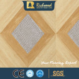 Werbung12.3mm Woodgrain-Beschaffenheits-V-Grooved Wasser beständiger Laminbated Fußboden