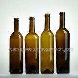 750ml de Fles van het Glas van de wijn met Cork Bovenkant in het Ontwerp van Bordeaux (Na-014)