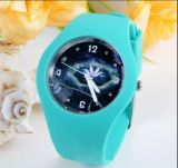 플라스틱 상자 및 악대 일본 운동 방수 디지털 시계 손 공상 시계