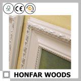 Luxuriöser schnitzender weißer hölzerner Farbanstrich-Rahmen für Wand-Dekor