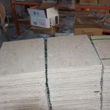 スペインベージュ大理石のCrema Marfilの床タイルの工場販売