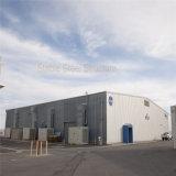 Edificio del garage del almacenaje del metal con el marco de acero