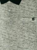 Le polo estampé par métrage des grands hommes avec la poche