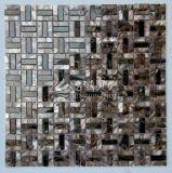 Shell de agua dulce y mosaico de mármol de Brown