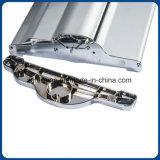 O produto da base lisa de qualidade superior de alumínio rola acima o carrinho da exposição