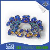 Distintivo moderno del metallo personalizzato 3D di placcatura con la frizione della farfalla
