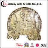 Projetos promocionais personalizados Antique Brass Die Cut Anniversary Memento Gifts for 911 Event