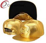 Casquillo de oro del cuero de la serpiente con insignia del supermán