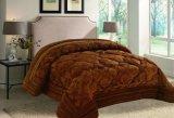 標準的で贅沢なパッチワークの慰める人およびキルトの寝具セット