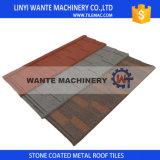Le type tuile de toit, toiture de bardeau/à plat en métal d'isolation thermique essente des tuiles