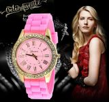 Yxl-898 Meilleures ventes Montre en silicone de Genève Ladies Women Students Elegant Crystal Quartz Wrist Jelly Sports Watches