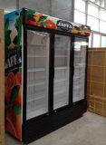 スーパーマーケットの三重のヒンジのドアの飲料のショーケースのクーラー