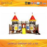 114mm galvanisiertes Pfosten-buntes luxuriöses und buntes Schloss-Dach und dreifache Plättchen-Kind-im Freienspielplatz-Gerät