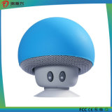 Haut-parleur portatif de Bluetooth de champignon de couche de dessin animé