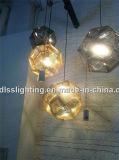 レプリカの金のステンレス製の球のペンダント灯