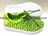 最も新しい子供の注入のズック靴の余暇は遊ばす靴(FFDL111901)を