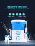 De Mondelinge Orthodontische Tanden die van het nieuwe Product de Impuls Flosser schoonmaken van het Water