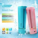 Bottiglia di acqua astuta con l'altoparlante di Bluetooth, il supporto del telefono mobile e la banca di potere