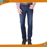 Gerade dünne Hosen der neuen Männer kleiden festes Denim-dünne Jeans