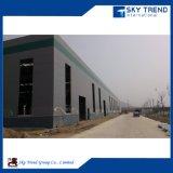 La puerta del panel de emparedado de la alta calidad prefabricó la vertiente de acero del taller del edificio estructural