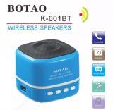 Mini altavoz sin hilos de Bluetooth de la música portable con la ranura para tarjeta de radio del USB TF de FM