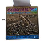 Medaglia di maratona di Mosca. Smalto molle con materiale in lega di zinco