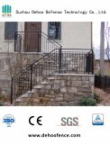 Легкая собранная гальванизированная лестница обеспеченностью Анти--Доказательства ограждая для дома