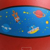 Baloncesto del caucho de los cabritos de la talla 3