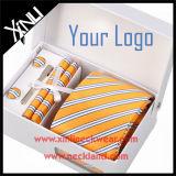 El pañuelo de seda hecho a mano de la mancuerna del lazo del telar jacquar del 100% fijó para los hombres