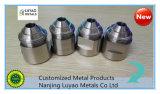 CNC que trabaja a máquina con acero/material del acero inoxidable